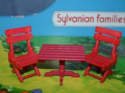 sylvanian folding table and chairs